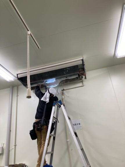 業務用エアコン030605-1